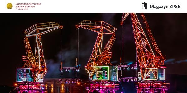 Podświetlono na kolorowo szczecińskie dźwigi portowe